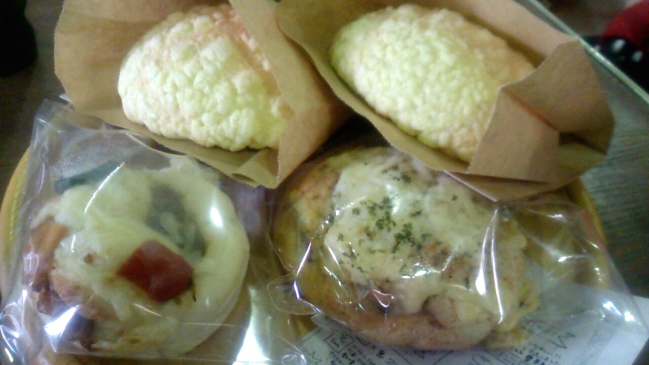 メロンパンと惣菜パン