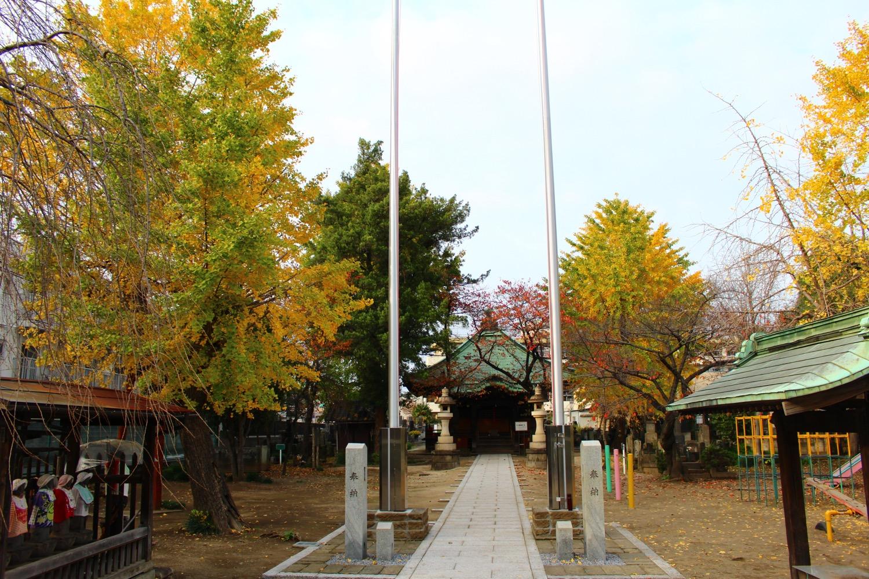 秋の沼影観音堂