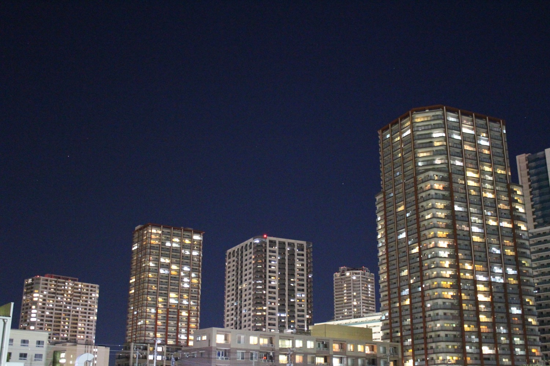 夜の武蔵浦和高層マンション群