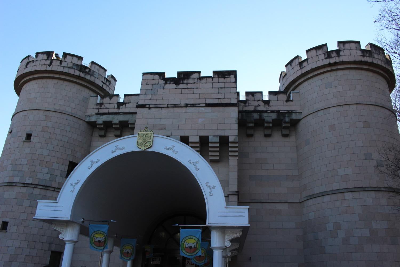 こどもの城入り口