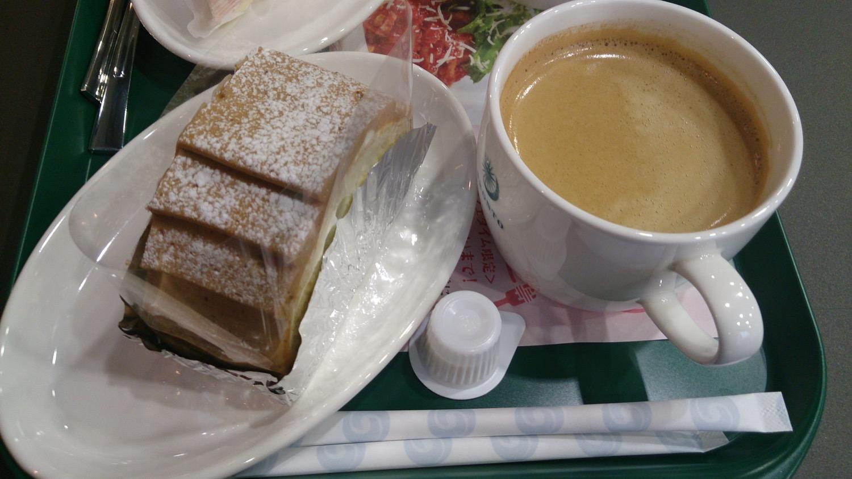 モンブランとコーヒー