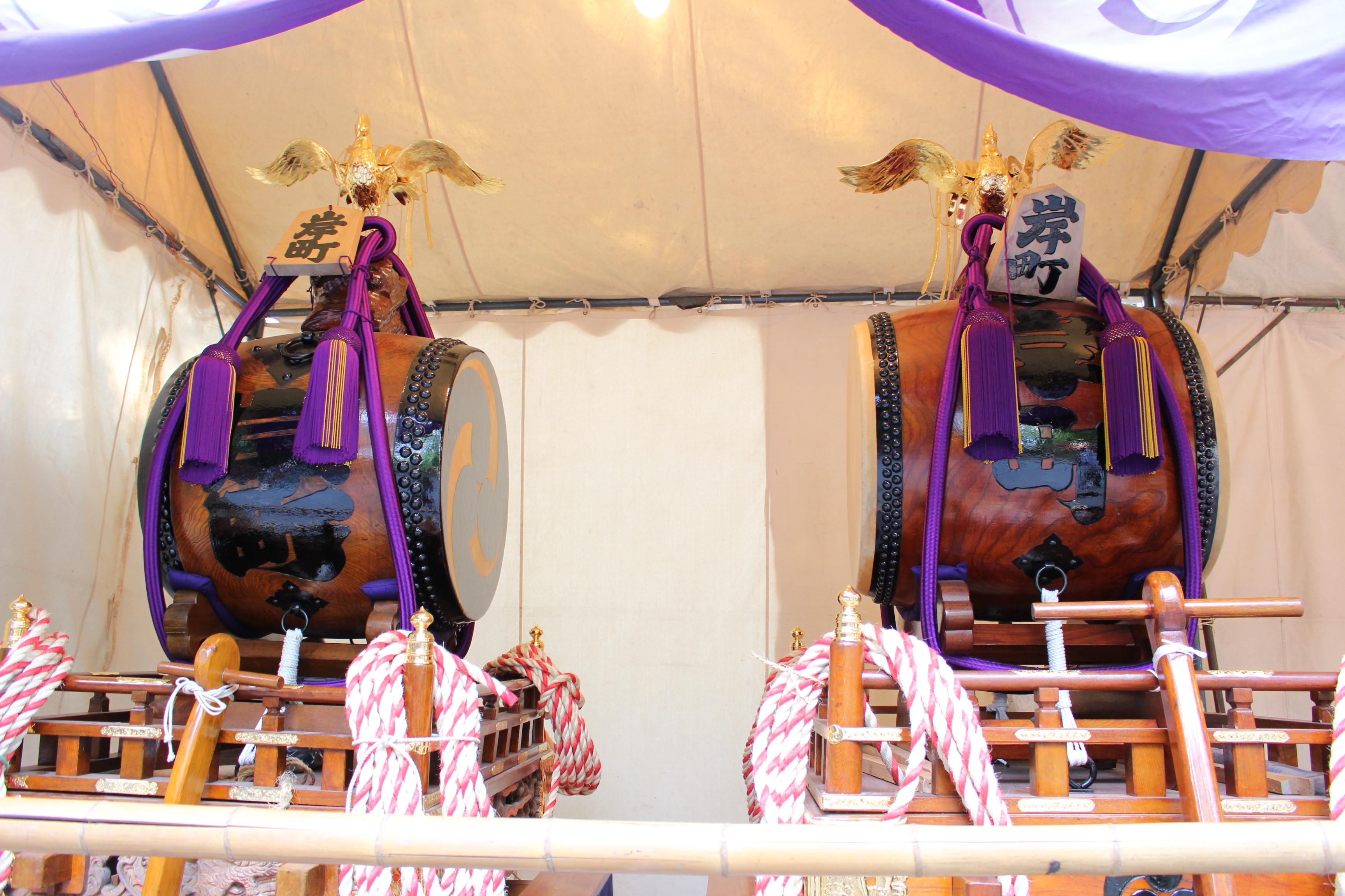 岸町の神輿